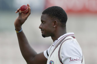 The Sydney Sixers have signed West Indies Test captain Jason Holder for a three-game stint for the upcoming BBL season.