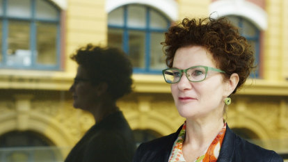 'It still happens': Sexism, inappropriate conduct rife in corporate Australia despite progress