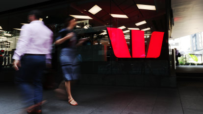 Westpac boss brushes off 'cliff' fears as profits bounce