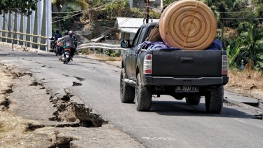 The road condition from Bayan to Gangga in north Lombok on Wednesday.