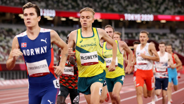 Stewart McSweyn trails Jakob Ingebrigtsen, the eventual winner, in the men's 1500m final at the Tokyo Olympics.