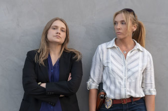 Merritt Wever and Toni Collette play detectives Karen Duvall and Grace Rasmussen in the TV series Unbelievable.