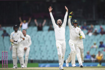 Nathan Lyon took another five wickets in New Zealand's second innings at the SCG.