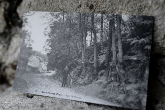 The postcard from 1905 that led Wouter van der Veen, the scientific director of the Van Gogh Institute, to the location where the artist worked on Tree Roots in Auvers-sur-Oise, France.