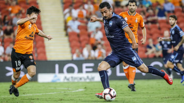Reza Ghoochannejhad made his Sydney FC debut against the Roar.