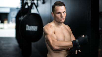 Meet the Melbourne boxer who is half the man he used to be