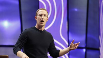 Internet's next chapter: Facebook sees us living in virtual reality