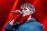 A-ha's Morten Harket performs on the Norwegian band's 2020 Australian tour.