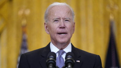 Biden announces plan to vaccinate world with US-manufactured doses