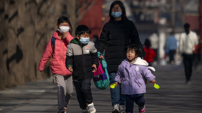 China's population grows at slowest rate since 1961 famine