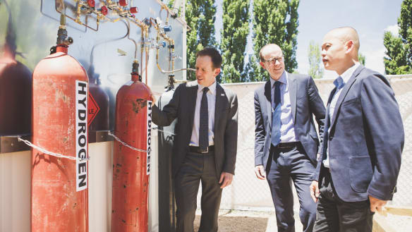 'On track for zero net emissions': hydrogen gas test facility opens in Canberra