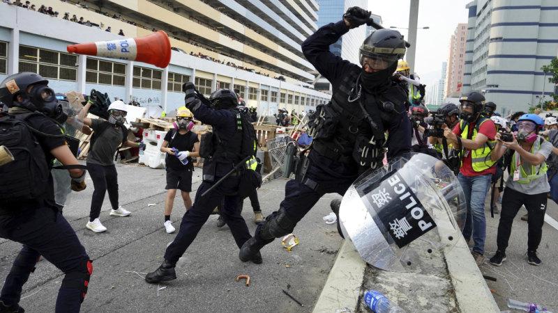 Violent protests return to Hong Kong streets as clock ticks