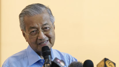 Mahathir stands by 'kill millions' comments, says were taken out of context