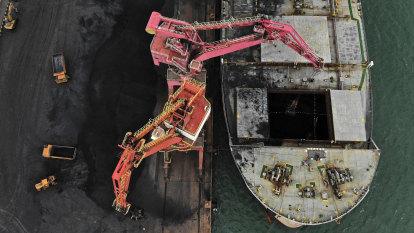 Beijing 'rebuffed' pleas from Chinese steelmakers to lift ban on Australian coal