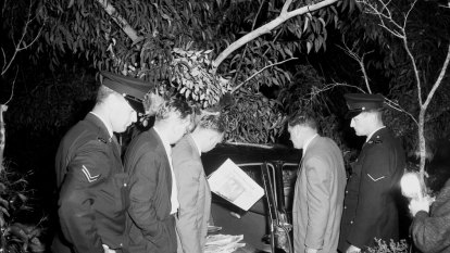 From the Archives, 1959: Simmonds discovered, escapes in holdup at hideout