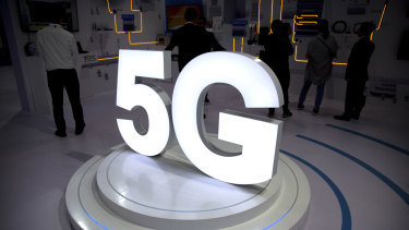 Vendors, including Samsung, are already preparing 5G phones for the US market.