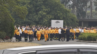 Hundreds attended the funeral of RFS member Geoff Keaton, who died south of Sydney on December 19.