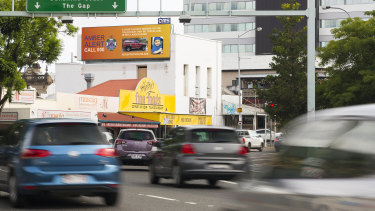 Amber alerts are being displayed on digital signs in Queensland to maximise the amount of people who can help police find missing children.