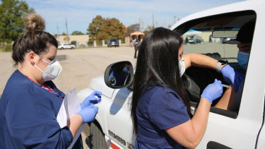Shreveport, Louisiana recently completed a test run for distributing an eventual coronavirus vaccine, using a community drive-through clinic for flu shots.