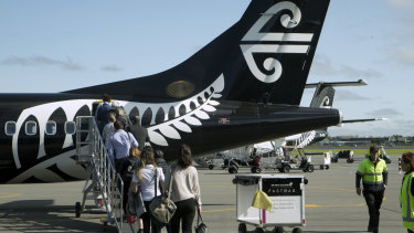 Air New Zealand is looking at putting electric engines on its smallest aircraft.
