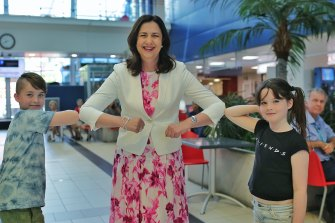 Premier Annastacia Palaszczuk with young fans Jack and Billie at the Royal Brisbane and Women's Hospital during the last state election campaign in October 2020.