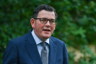 Victorian Premier Daniel Andrews calls on the federal government to heal trade rift with China.