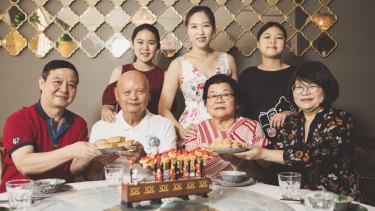Front from left, Jia Lun Lu, William Kong,  Yit Chan Wong, and Yen Meng Kong. (behind) Yi Qing Liong, Elaine Zhang, and Chloe Lu.