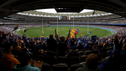 WA Premier open to Perth hosting AFL finals hub and grand final at Optus Stadium
