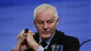 Former Australian Federal Police Commissioner Mick Palmer says illicit drugs should be decriminalised to reduce harms for users.