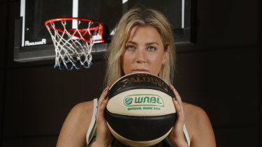 Recent Dandenong Ranger Sara Blicavs has been linked with the Southside Flyers.