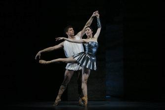 Ako Kondo and Kevin Jackson perform in Sylvia at the Sydney Opera House.