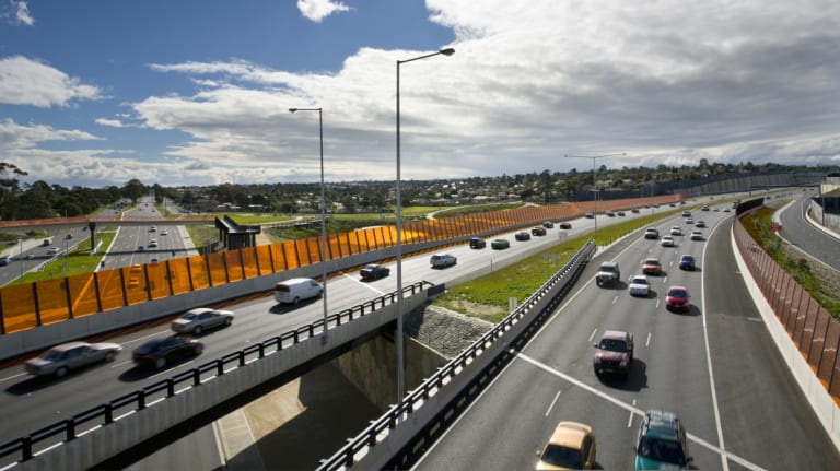 EastLink traffic on a bridge over Princes Highway. The transporter will travel 20kmh over bridges like these.