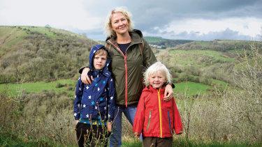 Rachel with her children, Arthur and Beatrix.
