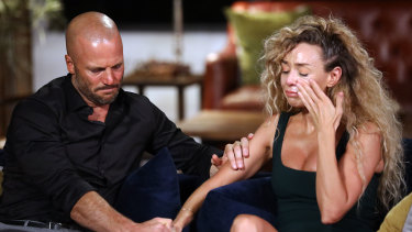 Mike and Heidi get emotional about their break-up.