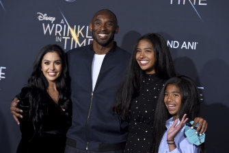 Kobe Bryant in 2018 with his wife Vanessa and two of his daughters, Natalia and Gianna.