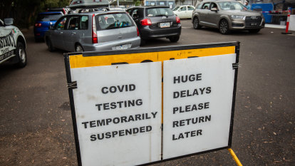'A risk we can't afford': COVID cases may be missed amid testing delays, expert warns