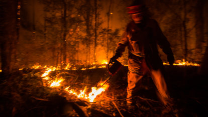 Prescribed burning: what is it and will more reduce bushfire risks?