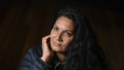 Old convictions holding back Aboriginal Victorians, inquiry told