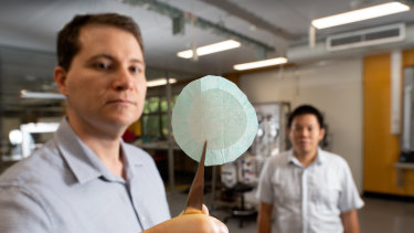 Dr Thomas Rainey, left, and Dr Thuy Chu Van have developed a new material for medical-grade masks using sugar cane waste.