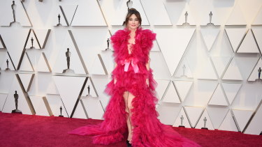 Linda Cardellini  at this year's Oscars.