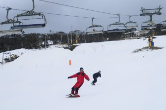 A polar blast will see more snow dumped on the Australian alps. Perisher opened a week early on Friday.