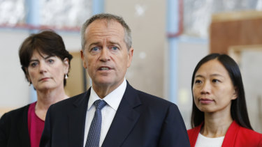 Opposition Leader Bill Shorten and Labor candidate for Chisholm Jennifer Yang (right), taken the day of his first WeChat session with Chinese Australians.