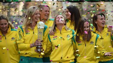 The Australians celebrate their 2015 World Cup triumph.