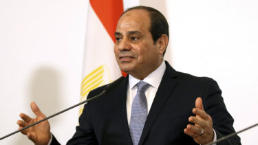 Egyptian President Abdel-Fattah el-Sisi has tried to suppress an interview with US network CBS in which he admits co-operating with Israel.