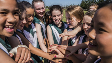 The popularity of AFL for girls at Wilkins Public School is part of a wider trend across NSW.