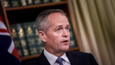 Labor leader Bill Shorten wants to capitalise on people's concerns about wage stagnation with a living wage policy.