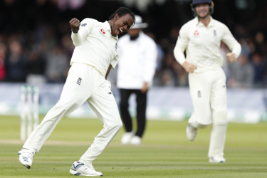 Jofra Archer celebrates Usman Khawaja's wicket in the second innings at Lord's