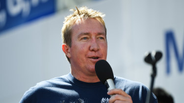 Trent Robinson speaks to the Roosters faithful after winning last year's premiership.