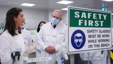 Prime Minister Scott Morrison meets with team member Savannah Alegre, Specialist Team Lead of the Microbiology Laboratory at AstraZeneca