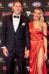 Georgia Minear in Pearls & Roses Bridal with Mark Blicavs at the Brownlow Medal 2018.